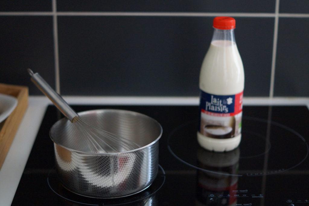 Ustensiles nécessaires à la réalisation de yaourts maison : récipient, fouet